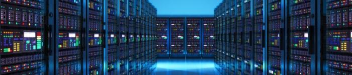 一台大型机,平均能同时运行8000个系统。