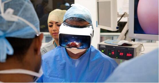 当医生都用VR来帮你看病时,你放心吗?