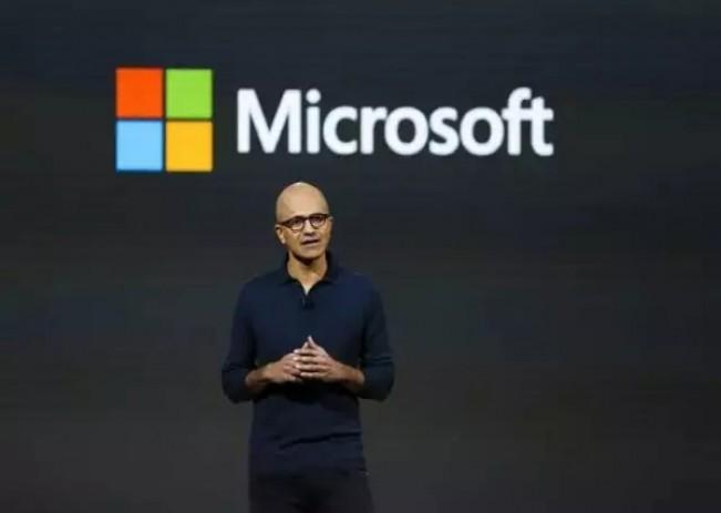 """微软发布会精华回顾:一场巨硬的发布会,竟然被""""台式电脑""""抢了风头"""