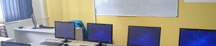 我们大学机房使用的 Fedora 系统